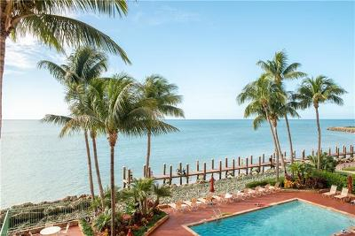 Marco Island Condo/Townhouse For Sale: 990 Cape Marco Dr #203