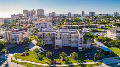 Marco Island Condo/Townhouse For Sale: 900 Collier Ct #105