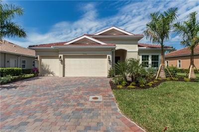 Bonita Springs Single Family Home For Sale: 10240 Avonleigh Dr