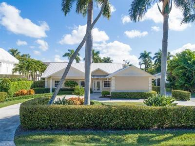 Naples Single Family Home For Sale: 76 3rd St N