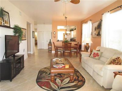 Naples Condo/Townhouse For Sale: 3960 Loblolly Bay Dr #4-201