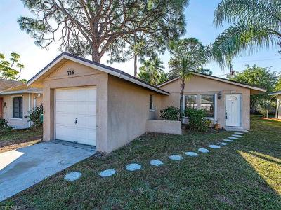 Naples Park Single Family Home For Sale: 746 99th Ave N