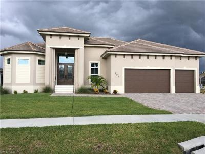 Marco Island Single Family Home For Sale: 409 Marquesas Ct