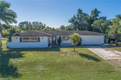 Naples Single Family Home For Sale: 1212 Lastrada Ln