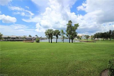 Naples Condo/Townhouse For Sale: 265 Cays Dr #2104