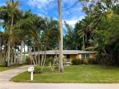 Bonita Springs Single Family Home For Sale: 233 3rd St