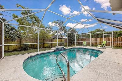 Naples  Single Family Home For Sale: 1174 Lastrada Ln