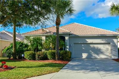 Lehigh Acres Single Family Home For Sale: 2107 Oxford Ridge Cir