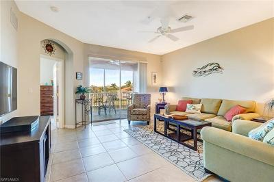 Lee County Condo/Townhouse For Sale: 9631 Spanish Moss Way #3933