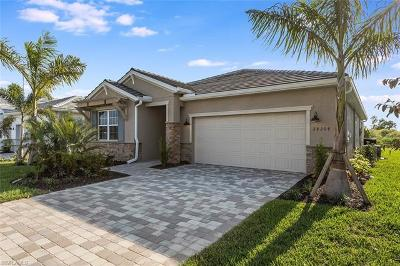 Bonita Springs Single Family Home For Sale: 28204 Seasons Tide Ave