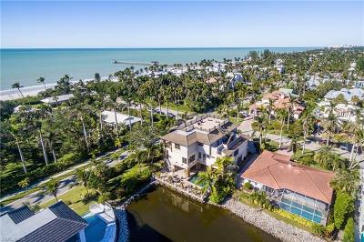 Olde Naples Single Family Home For Sale: 1441 Gulf Shore Blvd S