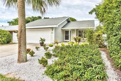 Naples Park Single Family Home For Sale: 829 93rd Ave N