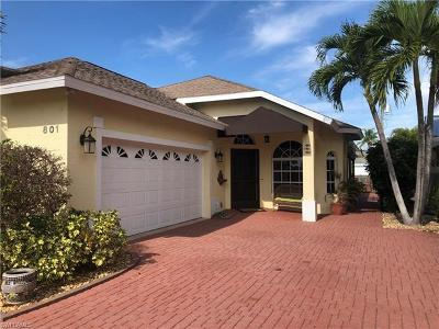 Naples Park Single Family Home For Sale: 801 99th Ave N