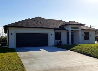 Naples Single Family Home For Sale: 3040 47th Ter SW