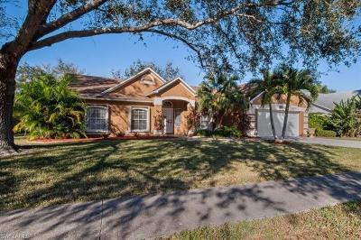 Naples Single Family Home For Sale: 149 Plantation Cir