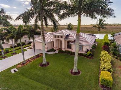 Naples Single Family Home For Sale: 18475 Royal Hammock Blvd