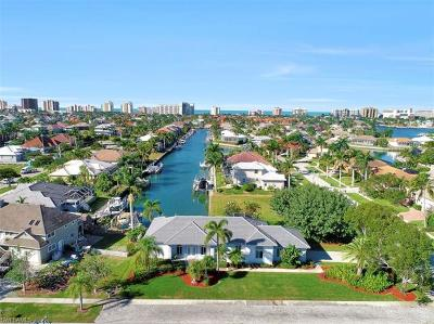 Marco Island Single Family Home For Sale: 540 Shalimar St