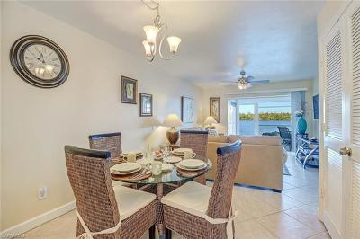 Naples Condo/Townhouse For Sale: 1025 Mainsail Dr #203