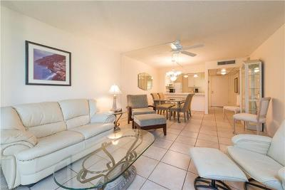 Naples Condo/Townhouse For Sale: 1057 Forest Lakes Dr #110