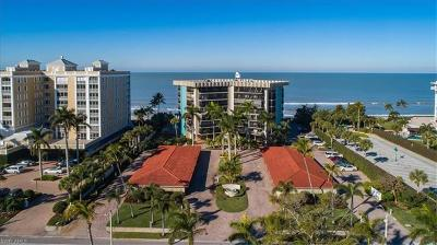 Naples Condo/Townhouse For Sale: 3399 Gulf Shore Blvd N #203
