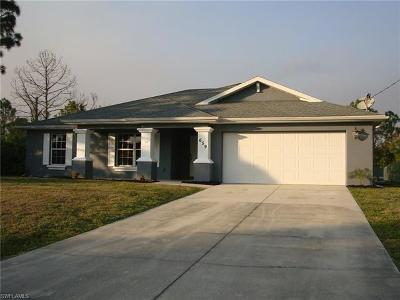 Lehigh Acres Single Family Home Pending With Contingencies: 659 Keller St E