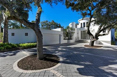Bonita Springs Single Family Home For Sale: 27281 Tennessee St