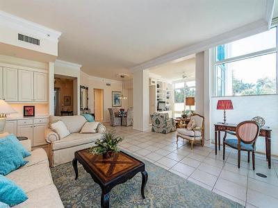 Condo/Townhouse For Sale: 7515 Pelican Bay Blvd #1E