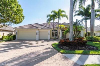 Naples Single Family Home For Sale: 7512 Treeline Dr