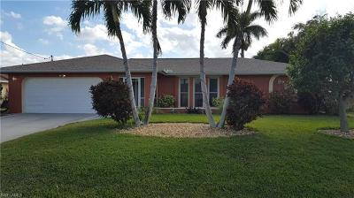 Cape Coral Single Family Home For Sale: 1936 SE 31st Ter