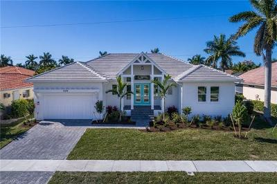 Marco Island Single Family Home For Sale: 424 Driftwood Ct