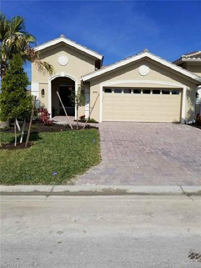 Fort Myers Condo/Townhouse For Sale: 8260 Venetian Pointe Drive Dr