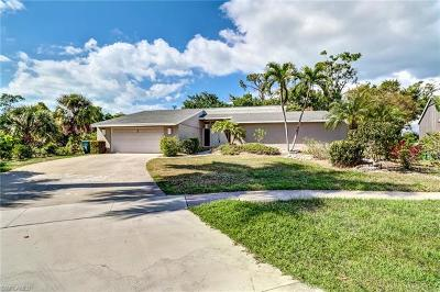 Marco Island Single Family Home For Sale: 360 Bali Ct