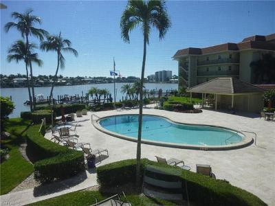 Naples Condo/Townhouse For Sale: 222 Harbour Dr #206