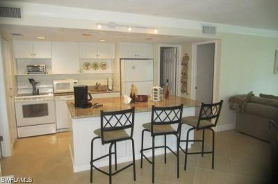 Naples Condo/Townhouse For Sale: 216 Palm Dr #unit 5