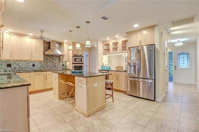 Bonita Springs Single Family Home For Sale: 27428 Pelican Ridge Cir