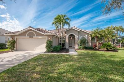 Naples Single Family Home For Sale: 7833 Naples Heritage Dr