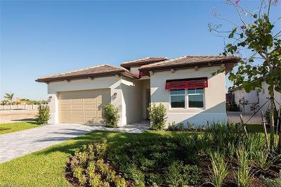 Naples Single Family Home For Sale: 3786 Sapphire Cove Cir