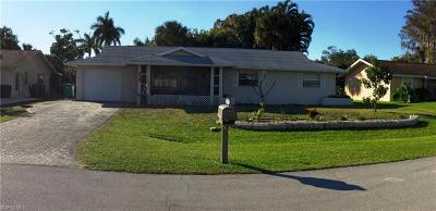 Collier County Single Family Home For Sale: 939 Bluebird St