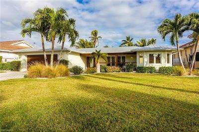 Royal Harbor Single Family Home For Sale: 2111 Tarpon Rd