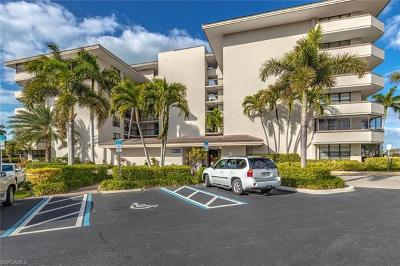 Marco Island Condo/Townhouse For Sale: 651 Seaview Ct #B105
