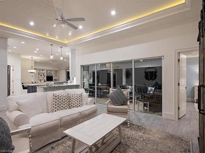 Park Shore, Moorings Single Family Home Sold: 571 Neapolitan Ln