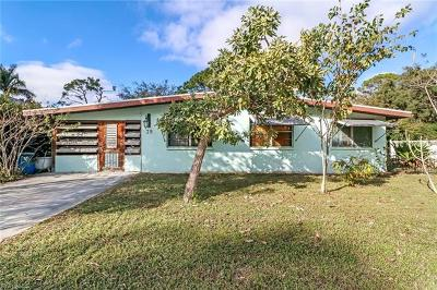 Bonita Springs Single Family Home For Sale: 39 6th St