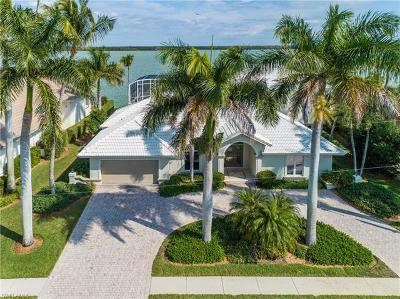 Marco Island Single Family Home For Sale: 337 Polynesia Ct
