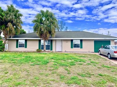 Naples Single Family Home For Sale: 2154 52nd Ln SW