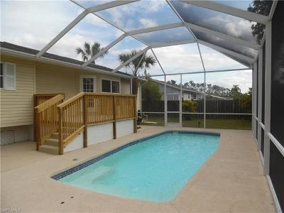 Collier County Single Family Home For Sale: 401 Castle Dr