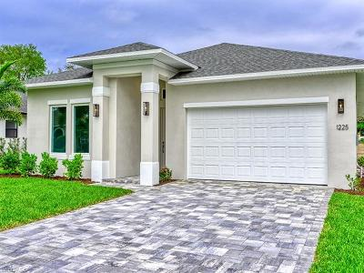 Naples Single Family Home For Sale: 1225 Imperial Dr #7