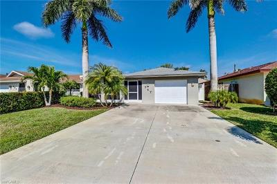 Naples Park Single Family Home For Sale: 747 106th Ave N