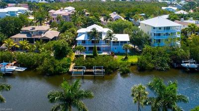 Bonita Springs Single Family Home For Sale: 191 Topanga Dr