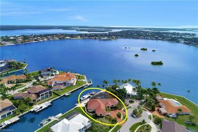 Marco Island Single Family Home For Sale: 571 Conover Ct