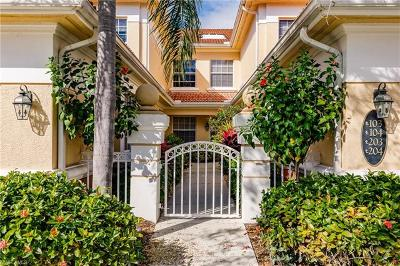 Naples Condo/Townhouse For Sale: 3965 Deer Crossing Ct #104